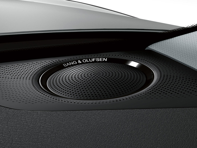 a5_coupe_overview_highlight_bang_olufsen_667_500.jpg