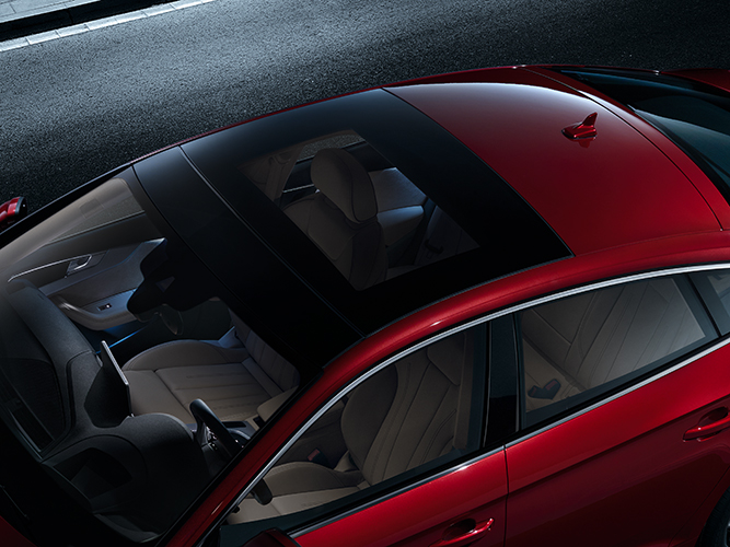 a5_sportback_engine_panoramic_sunroof20170630.jpg