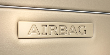 q5_equipment_content_airbag_460_230.jpg