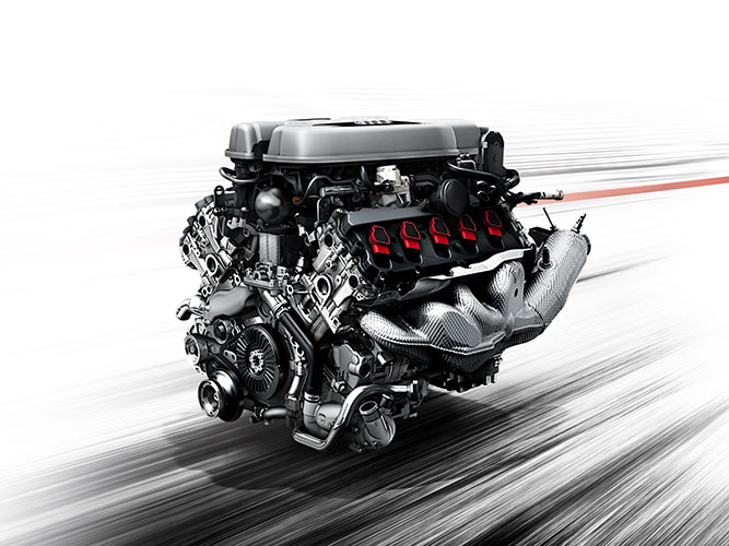 r8_v10_coupe_performance_overview_engine.jpg