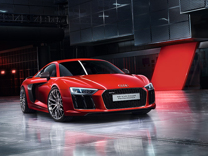 r8_v10_coupe_performance_overview_sporty.jpg