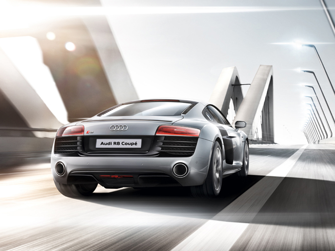 r8coupe_highlight_safe_system.jpg